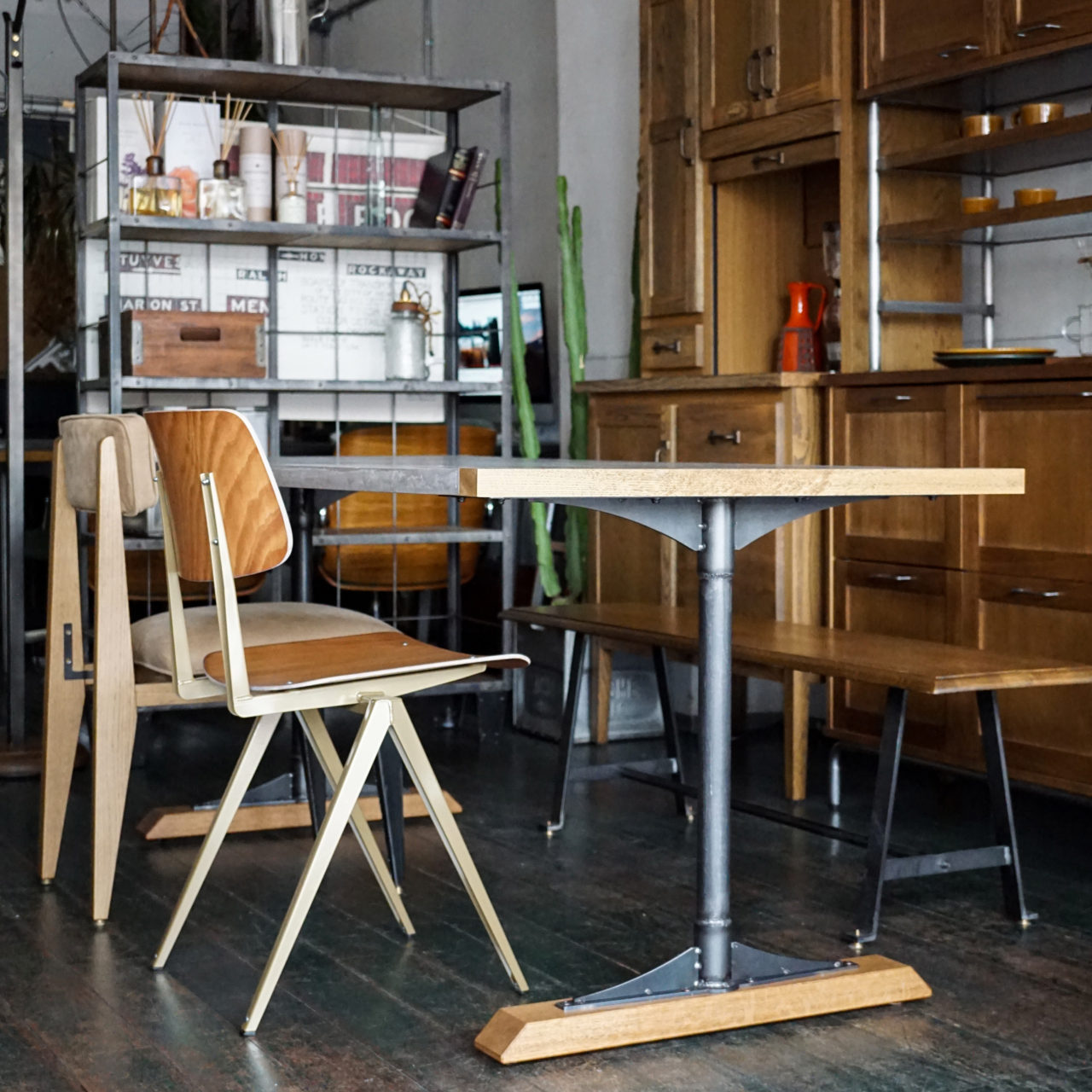 モールテックステーブル